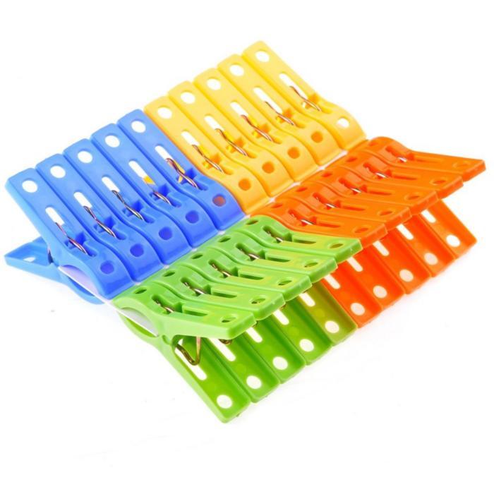 Plastic Pegs